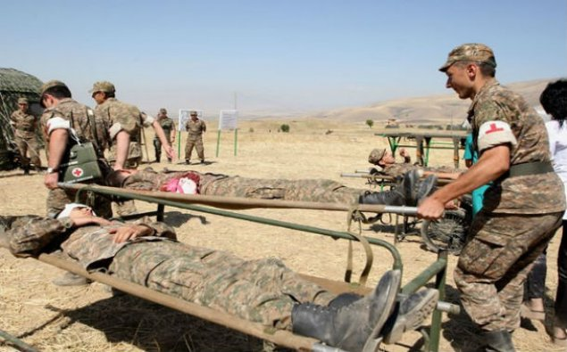 Ermənistanın 2 hərbi qulluqçusu döyüş postunda yaralandı