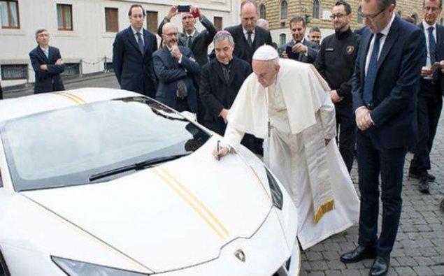 """Papa """"Lamborghini""""dən imtina etdi - HƏRRACA ÇIXARILACAQ"""