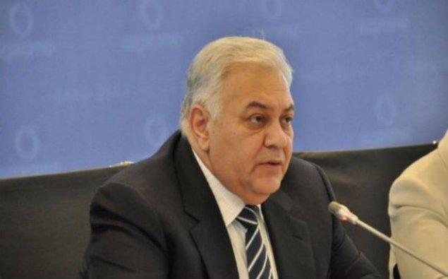 Oqtay Əsədov Qırğızıstana gedir