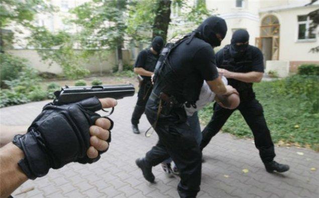 Xarici kəşfiyyata işləyən 11 azərbaycanlı tutuldu