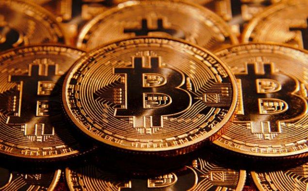 Bitkoinin qiyməti 9 400 dollara düşüb
