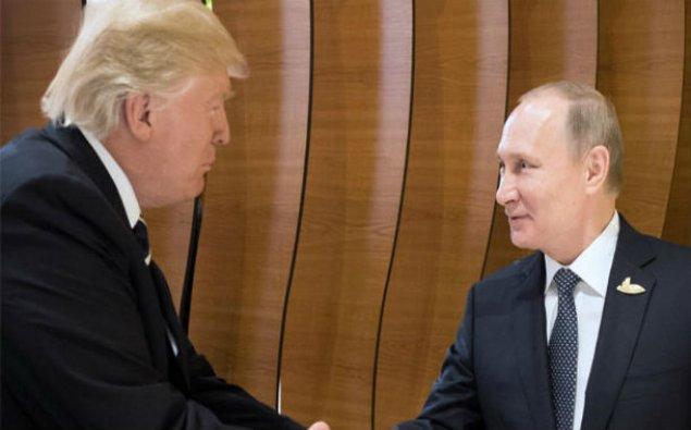 """Putin: """"Heç bir zaman Trampın tvitlərini oxumamışam"""""""