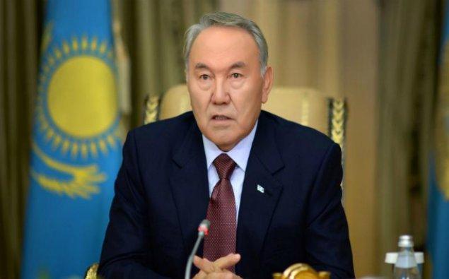 Nursultan Nazarbayev İlham Əliyevi təbrik etdi