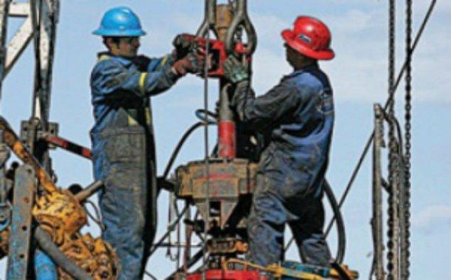 Azərbaycanda neft hasilatı artdı
