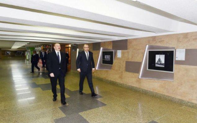 Prezident paytaxta gətirilən yeni metro qatarları ilə tanış oldu - YENİLƏNİB