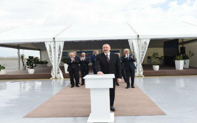 Prezident Bakı Beynəlxalq Dəniz Ticarət Limanı Kompleksinin açılışında - YENİLƏNİB+FOTOLAR