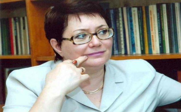 """Elmira Axundovaya """"Xalq yazıçısı"""" adı verilib"""
