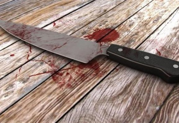 Azərbaycanda orta yaşlı kişi bıçaqlandı