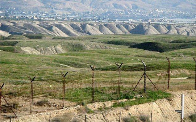 Çin Qırğızıstanla sərhədi bağlayır