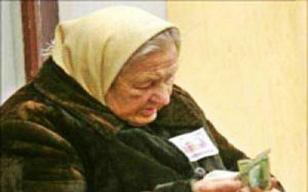 Rusiyada pensiya yaşı artırıldı