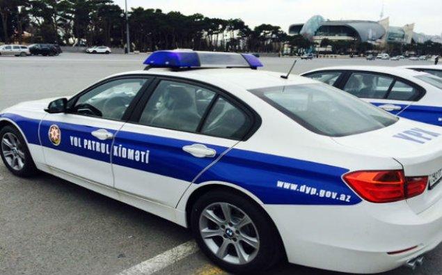 Yol polisi yol hərəkət qaydalarını pozan məzunları saxladı