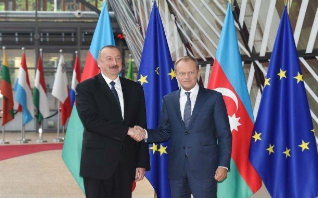 İlham Əliyev Brüsseldə Avropa İttifaqı Şurasının prezidenti ilə görüşüb – FOTO