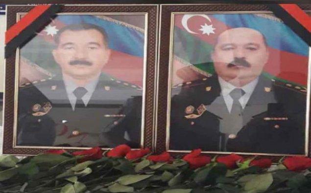 Prezident Gəncədə şəhid olan polis zabitlərini təltif etdi
