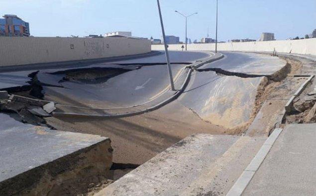Bakıda çökmüş yolun altında tunel aşkarlandı - FOTO