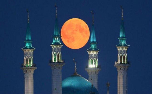 """""""Qanlı Ay"""" dünya ölkələrində belə göründü - FOTO/VİDEO"""