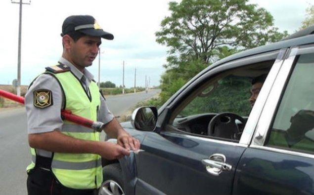 Yol polisi reyd keçirdi, sərxoş sürücülər cərimələdi  - FOTO