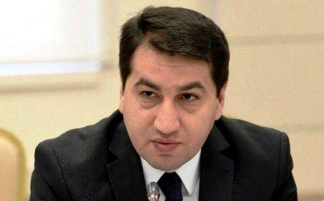 """""""Paşinyan Yerevan küçələri ilə BMT kürsüsünü qarışıq salıb"""" – PA rəsmisi"""