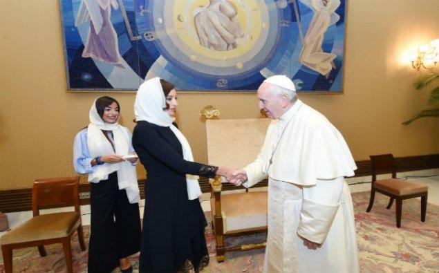 Birinci vitse-prezident Mehriban Əliyeva Roma Papası ilə görüşüb – FOTO