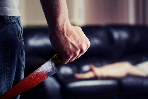 Lerikdə qadın iki kişi ilə birləşərək ərini öldürdü