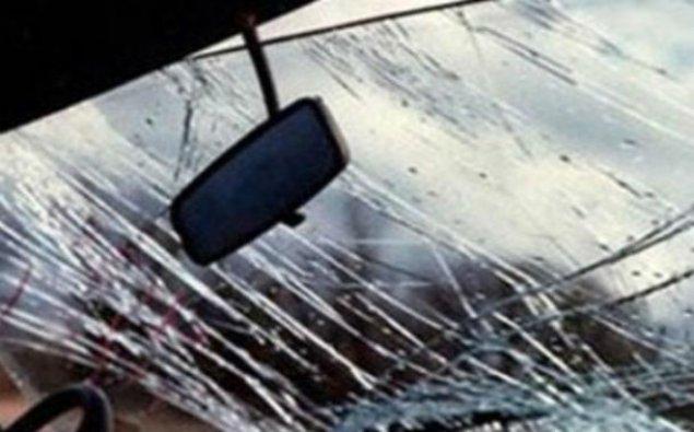 """Bakıda """"Mercedes"""" hasara çırpıldı, sürücü öldü"""