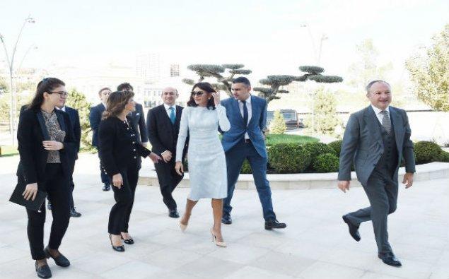 Mehriban Əliyeva İtaliya Senatının sədri ilə görüşdü – FOTO