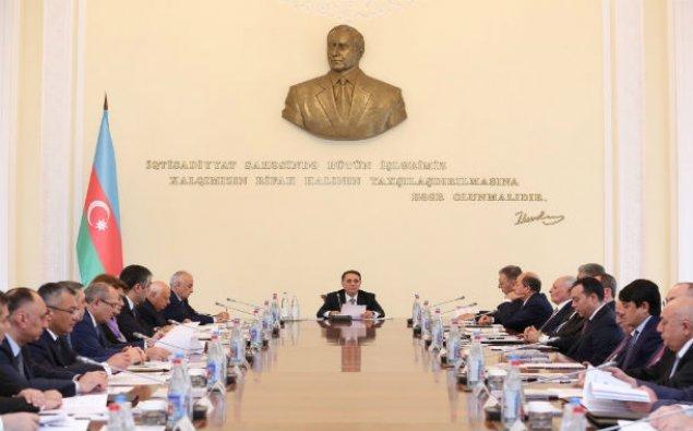 Novruz Məmmədovun sədrliyi ilə Nazirlər Kabinetinin iclası keçirildi