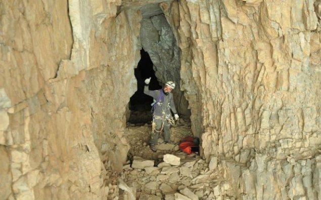 Su üçün mağaraya girdi - 14 il sonra sümükləri çıxdı