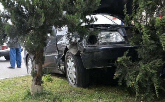 12 nəfərin mindiyi avtomobil qəzaya düşdü: 2 ölü, 9 yaralı var - İranda