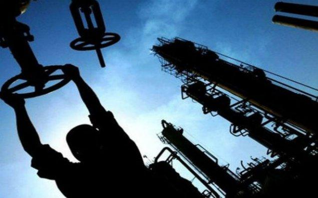 Qazaxıstanda neft hasilatı rekord həddə çatıb