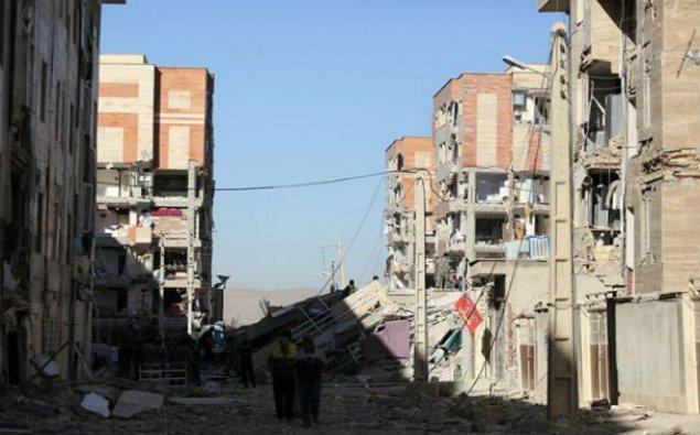 İranda zəlzələ dağıntılara səbəb olub, 3 nəfər yaralanıb