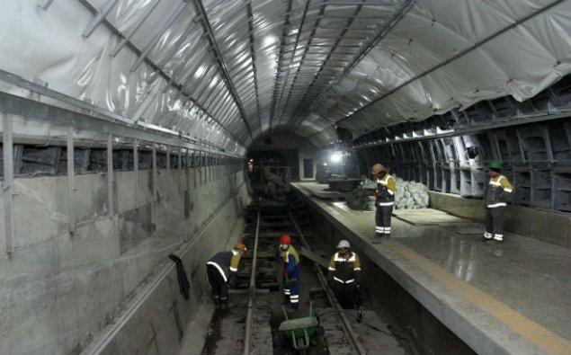 """Metronun """"Xətai"""" stansiyasında yeni eskalatorlar quraşdırılır – FOTO"""
