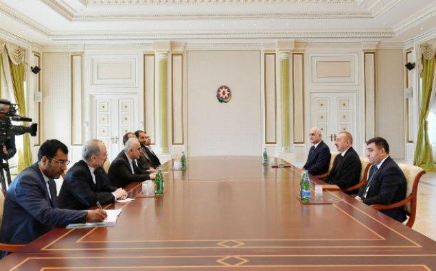 İlham Əliyev İranın iqtisadiyyat və maliyyə işləri üzrə nazirini qəbul edib