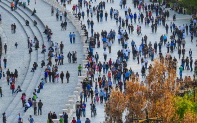 Azərbaycan əhalisinin sayı 9 milyon 988 min 437 nəfərə çatıb