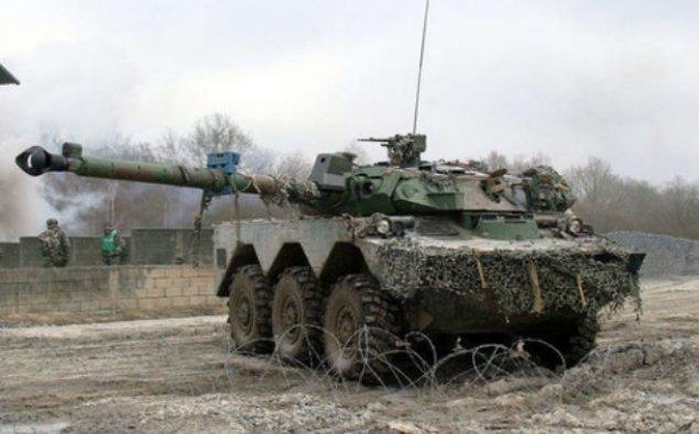 Fransa Rusiya ilə sərhədə tank və hərbçi yerləşdirəcək