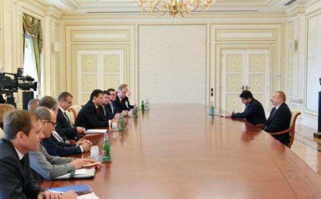 Prezident İlham Əliyev Çexiya Parlamenti Deputatlar Palatası sədrini qəbul edib