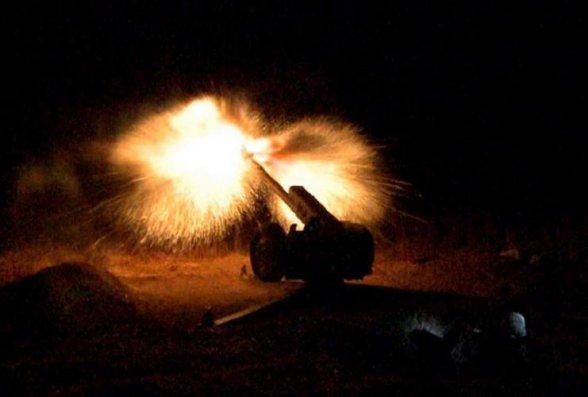 Təlimlərin gecə vaxtı döyüş atışlı mərhələsi keçirilib - VİDEO