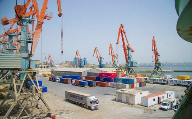 Bakı limanı ilə ötən il 4 milyon tona yaxın yük daşınıb