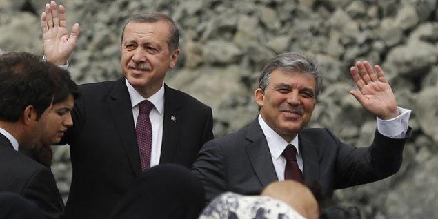 Abdulla Gül prezident seçkilərində namizədliyini irəli sürəcək
