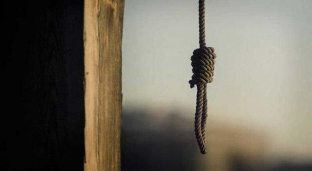 Sumqayıt sakini özünü asaraq intihar edib