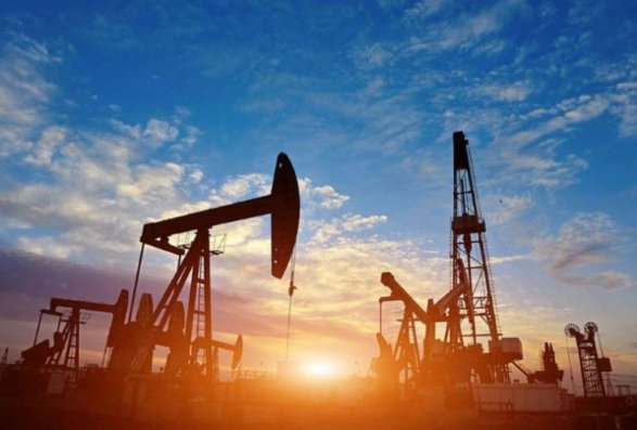 Dünya bazarlarında neft ucuzlaşıb