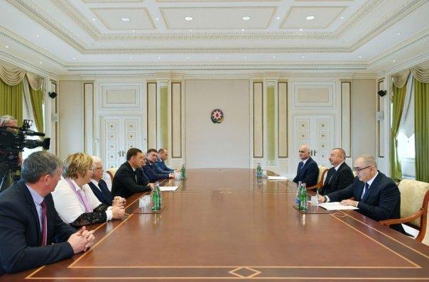 İlham Əliyev Rusiyanın Sverdlovsk vilayətinin qubernatorunu qəbul edib