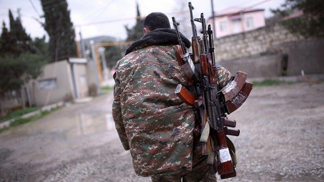 """""""Aprel döyüşləri""""ndə iştirak edən ermənilər parlamentə çağırıldı"""