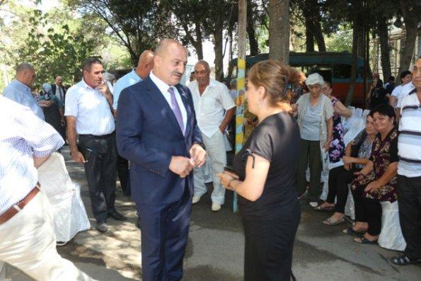 Nəsimi rayon İcra Hakimiyyətinin başçısının  səyyar qəbulu – FOTO