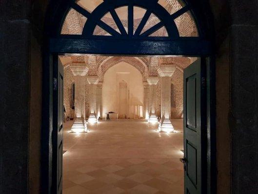 İran şirkəti Şuşa məscidini tanınmaz hala saldı – FOTOLAR