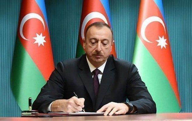 """Sabir Hacıyevə """"Əməkdar hüquqşünas"""" fəxri adı verilib"""
