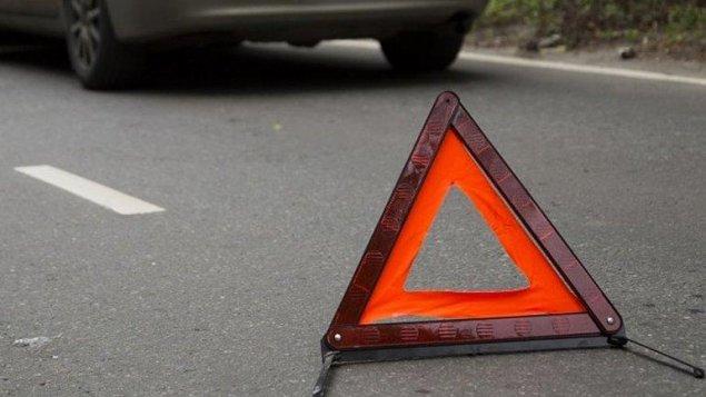 """Bakı-Şamaxı yolunda qəza – """"BMW"""" 17 yaşlı qızı vurub öldürdü"""