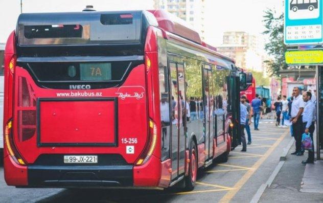 Bakıda avtobus sərnişinləri üçün yeni məlumatlandırma sistemi istifadəyə veriləcək