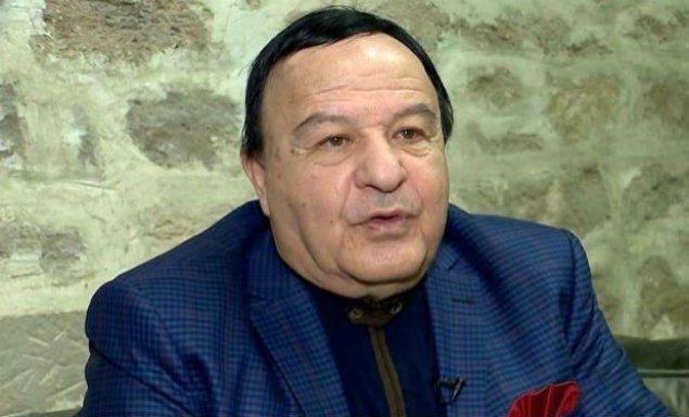 Türkiyədə müalicə olunan Xalq artisti Bakıya qayıdıb