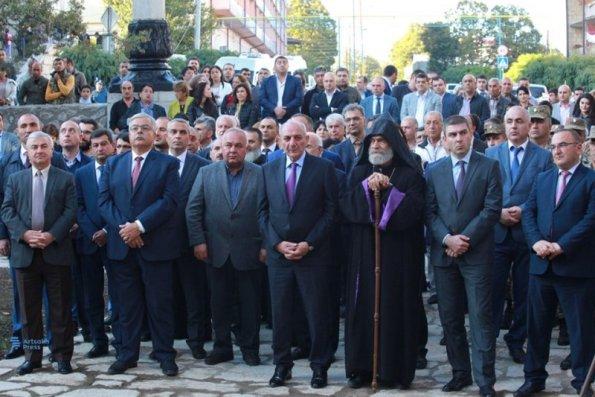 """Ermənilər Şuşa məscidinin """"açılışını"""" etdilər – FOTOLAR"""