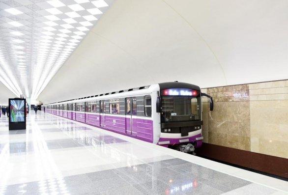 DİN özünü metroda qatar yoluna atan şəxslə bağlı məlumat yayıb